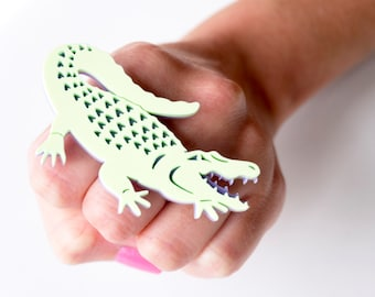 Alligator double finger ring. Crocodile pastel lilac and lime statement ring, Festival fashion gift for her acrylic laser cut ring.