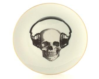 "Altered Music Skull Vintage Plate 7.67"" Porcelain Headphones Halloween Decor Musician Gold en Rim Wall Kitchen DecorationFun Funny Human"