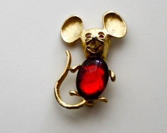 Vintage Mouse Brooch Red Jelly Belly Cabochon Rhinestone Eyes Smiling Mouse