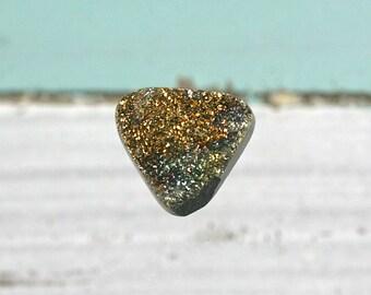 Rainbow Pyrite druzy, drusy gemstone freeform 20x15mm cabochon