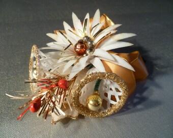 Vintage Christmas Corsage Pin
