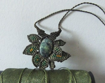 Nephrite stone long forest fairy macrame necklace