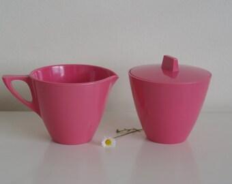 Bubblegum pink melamine jug and sugar bowl mid-century tea set creamer and sugar canister