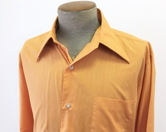 1970s Pumpkin Orange Men's Disco Era Long Sleeve Shirt Vintage Cotton & Polyester Shirt by Montgomery Ward - Size XL