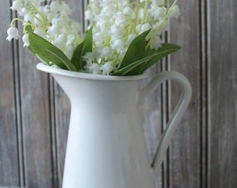 Vintage Farmhouse Magnolia Inspired Enamelware Pitcher Vase
