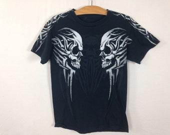 tribal skull shirt size S