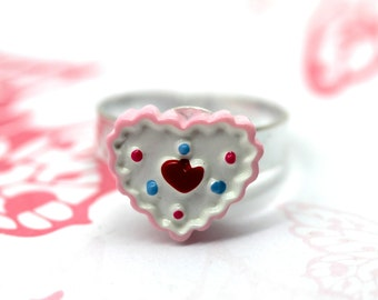 Tiny pink heart cupcake ring by MillyPops - Fairy Kei, Kistch, Princess, Lolita
