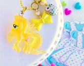 my little pony GLITTER necklace - Fluttershy