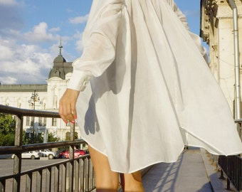 New Collection SS/15 White  Loose  Shirt / Asymmetric shirt / Long Sleeves  Party Tunic by AAKASHA A11208