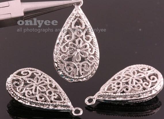 2pcs-30mmX16mm White Gold  plated Romantic Flower Tear drop pendants(K120S)