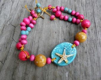 Hot Pink Starfish Bracelet.  Handmade Beaded Bracelet.  Beach Bracelet.  Gift for Her.  Ocean and Sea Bracelet