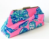 Barefoot Princess Bow Clutch