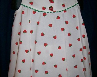 Strawberry Pique Swing Dress with matching bloomers Size 3