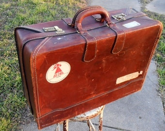 Beautiful Chocolate Brown Antique Leather Suitcase Sturdy Vintage Luggage