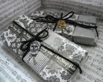 Soap Set Gift / Gothic beauty theme gift / Dark Boutique in black / Rocker gift