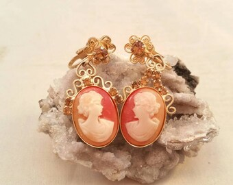 Vintage cameo and rhinestone gold clip on earrings