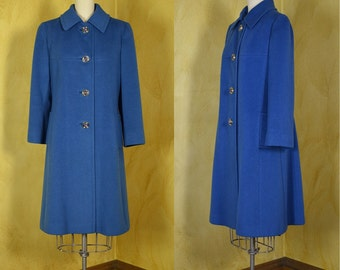 """Classic Cerulean Blue 1960s Cashmere Coat with Lovely Buttons Bust 38"""""""