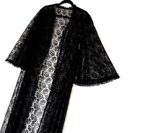 Beautiful Black Lace Vintage Maxi Peignoir  Gown~ Medium AU 12 US 10 ~ Wedding Gothic Valentine Lingerie Vampire