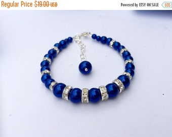 30% SALE Royal Blue Glass pearls Bracelet. Pearl Wedding Jewelry, Bridal Party Gift, Bridesmaid Royal Blue Jewelry