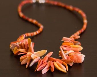 Spectacular Spondylus Spiny Oyster Shell Pink Orange Necklace