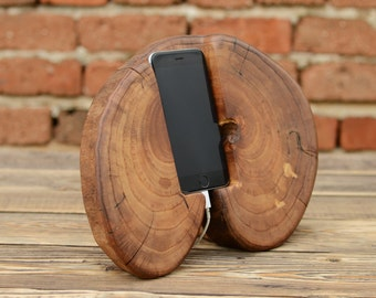 iPhone 6 / 7 Stand, Wedding gift, Wooden iPhone Docking Station, Samsung Galaxy Stand, Charging Station, iPhone Station, Charging Point