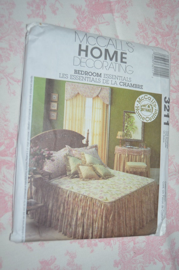 Mccalls 3211 home decorating bedroom essentials for Bedroom necessities