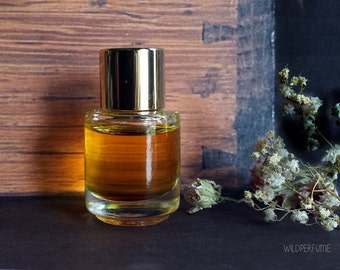 "Floral Wood Perfume Oil Natural Perfume oil Vanilla Dust, Moonlight Flowers, Driftwood, ""Moth and Butterfly"""