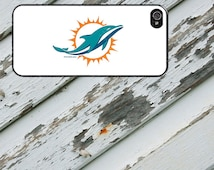 Miami Dolphins on White Design on iPhone 4 / 4s / 5 / 5s / 5c / 6 / 6 Plus Rubber Silicone Case