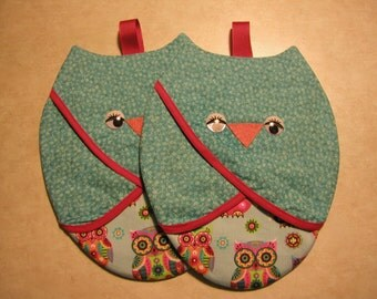 Owl, Pot Grabbers (2) Handmade By Me... So Cute.