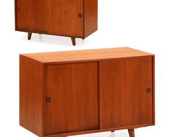 Peter Hvidt for Illums Bolighus Pair of Teak Nightstand Cabinets Consoles, Danish Mid-Century Modern