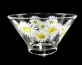 Vintage Glass Bowl *Daisy Flower Power * Punch * Chip * Salad Bowl