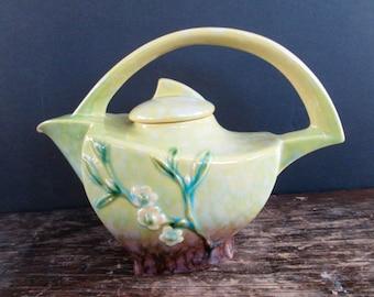 Roseville Winecraft Teapot