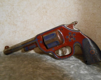 1940's (5 Star) Working Metal Toy Dart Gun with 2 Darts
