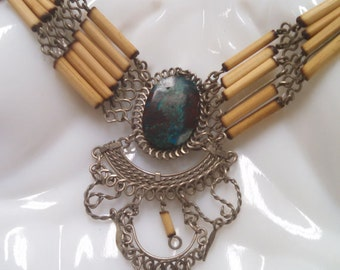 Unusual Bead Rock Gem Necklace