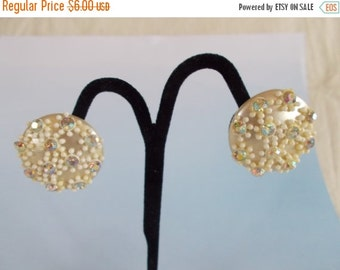 Vintage Round Clip Beads And Rhinestone Button Earrings //2