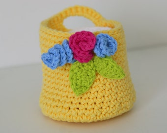 Soft Yellow Crochet Basket with Makeup Remover Pads Wash Cloths
