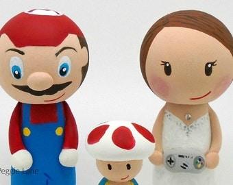 Super Mario inspired wedding cake toppers, Gamer peg dolls