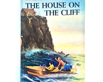 The Hardy Boys The House on the Cliff, by Franklin W. Dixon, Copyright 1959, Vintage Child's Book