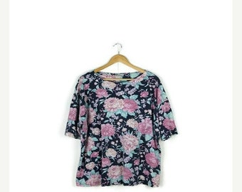 STORE WIDE SALE Vintage Faded Floral  Short Sleeve T-shirt From 1980's/Oversize*