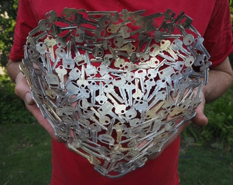 Large Heart Bowl, 30 cm, Key bowl, Metal bowl, Metal sculpture ornament, Made to order