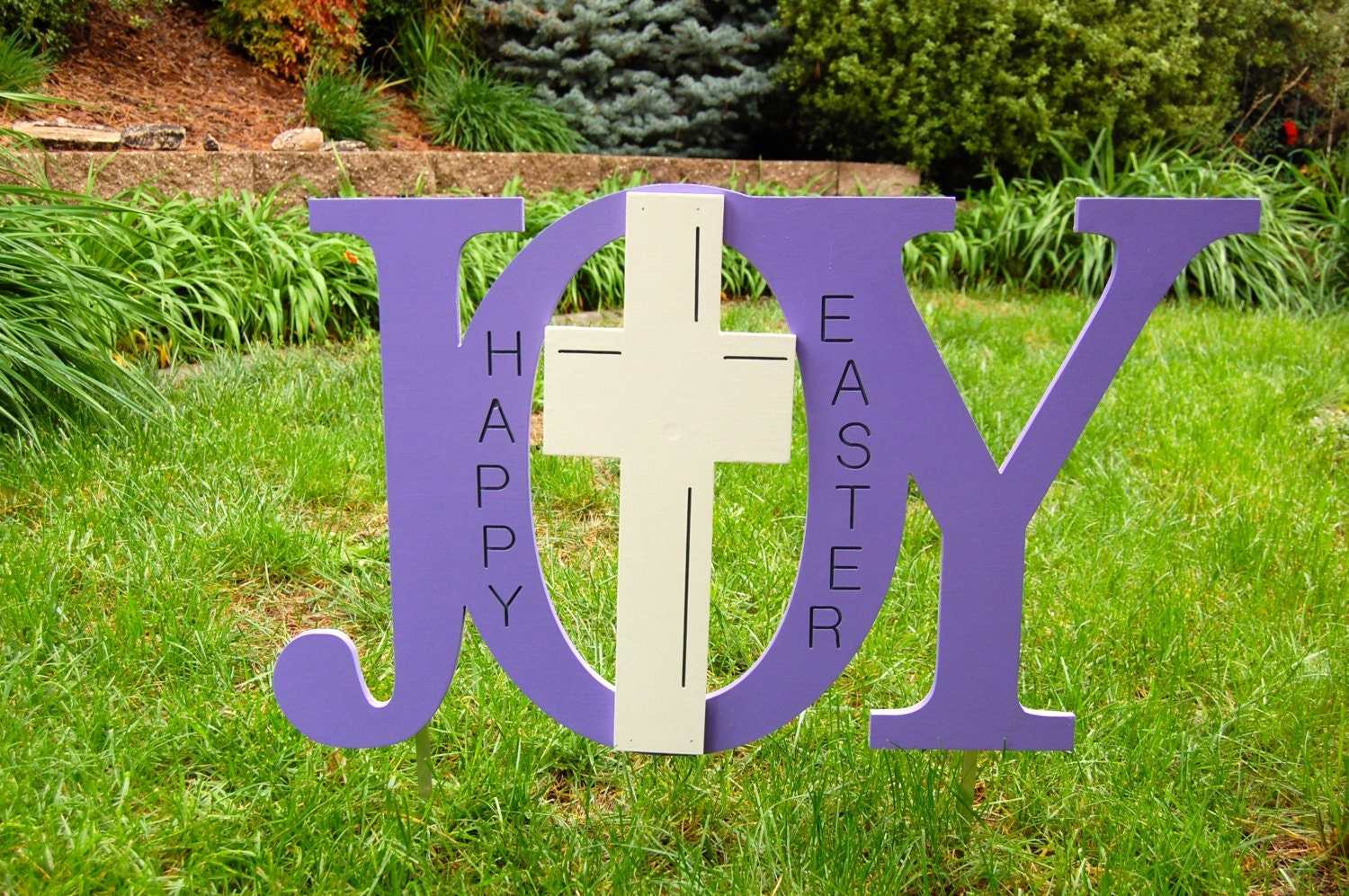 Religious easter yard decorations -  Zoom