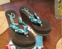 "Sketches blue sparkle flip flops size 6 ""4"" inch heel"