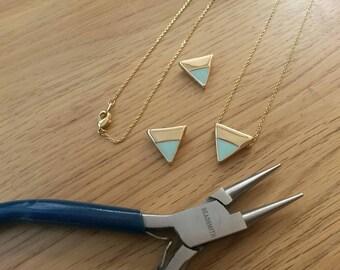 Mint Green Necklace/Enamel Triangle Slider/Geometric/Trendy/Modern/15mm/Mint Jewellery/Green/Enamel Pendant/Pastel/Slider Necklace/Triangle/