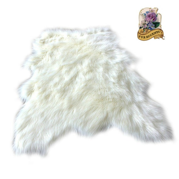 Premium Faux Fur / Random Shape Sheepskin Pelt Rug By