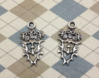 20pcs antique silver skull charms 16mmx28mm