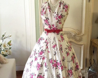 50s party Dress/1950s Vintage Dress /Red Pink Roses Dress Floral Day Sundress Mad men Garden Tea Party Flowers white dress 50s