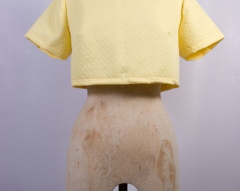 Cropped Tee in Yellow