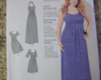 Simplicity 1800 Womens (Size BB 20W-28W) dress in 2 lengths w/ patterns for slim, average, curvey fit. Bra Cup sizes C,D,DD