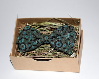 Handmade viridian flowered bow tie