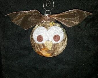 Precious, glittery owl ornament!